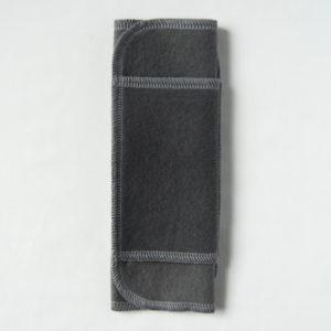 汚れが目立たない黒い布ナプキン