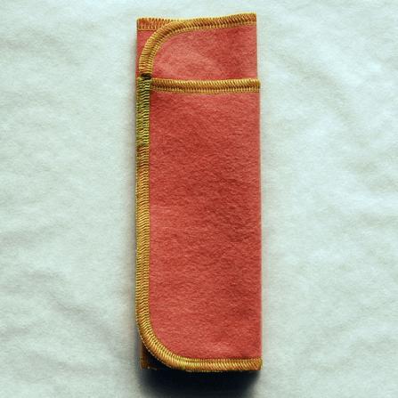 折り畳んだ多い日用布ナプキン