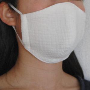 マスク横顔